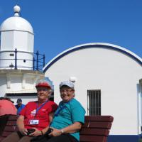 Jan and Marge enjoy a quick break at Tacking Point Lighthouse.