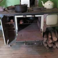 The original stove looked like it was ready to be fired!