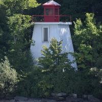 Knapp Point Light
