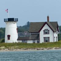 Stage Harbor lost its lantern room in 1933 following the automation of the lighthouse.