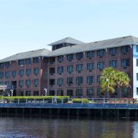 The Best Western in Wilmington proved to be in a great location, right on the Cape Fear River.