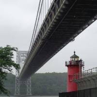 The Little Red Lighthouse and the Great Grey Bridge (Jeffrey's Hook Lighthouse)