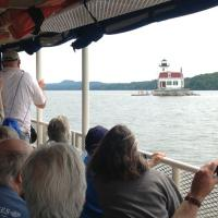 Approaching Esopus Meadows Lighthouse