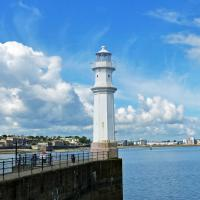 The Newhaven Pier Light was the best of several lights we viewed along the Firth of Forth shoreline in Edinburgh.